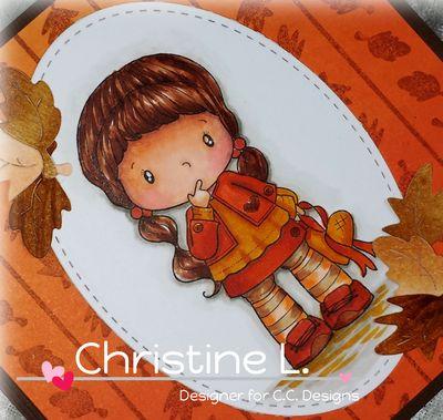 CC Designs Birgitta with Heart Close